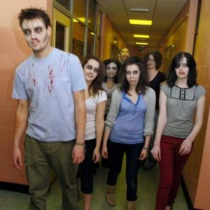 zombies-en-el-pasillo